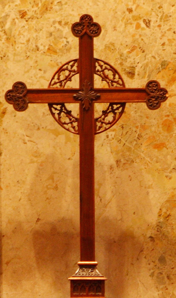 Pulpit cross